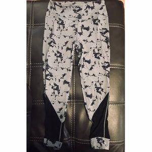 These Three Boutique leggings